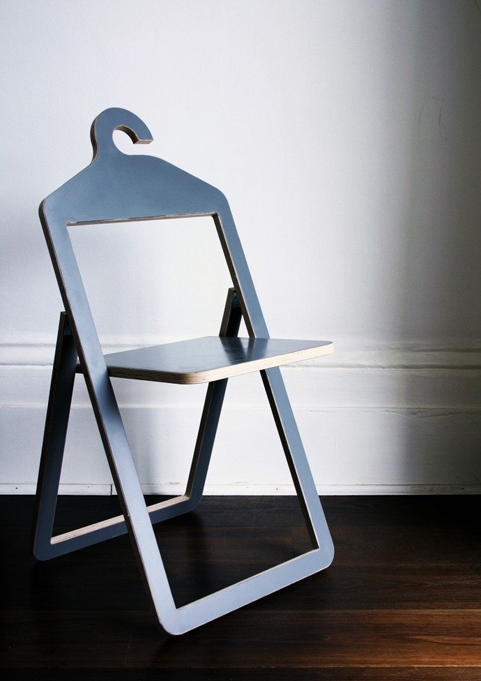 hanger-chair-alone