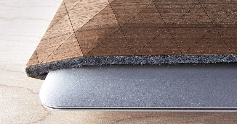 Wooden Macbook Case in black walnut.