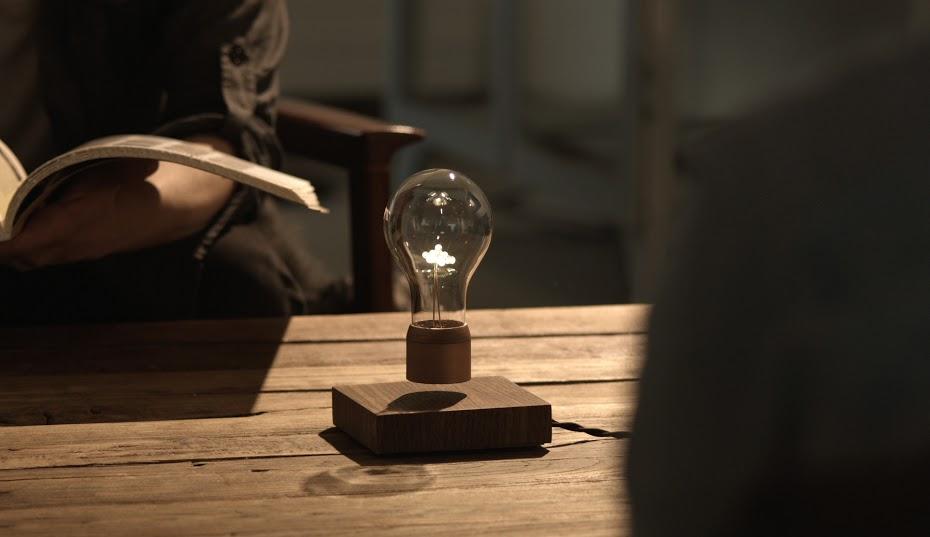Flyte Levitating bulb